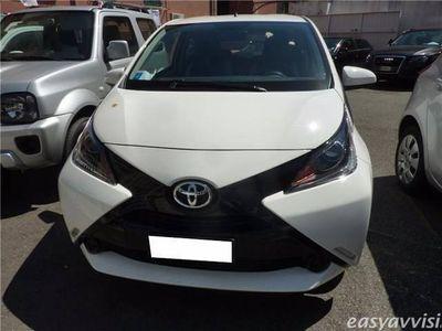 usata Toyota Aygo 1.0 VVT-i 69 CV 3 porte x-play