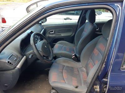 usado Renault Clio 2ª serie - 2004