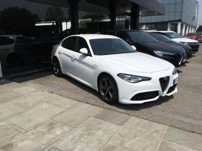 brugt Alfa Romeo Crosswagon 2.2 Turbodiesel 210 CV AT8 AWD Q4 Veloce 2.2 Turbodiesel 210 CV AT8 AWDVeloce