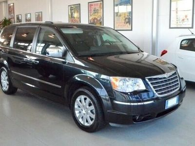 usata Chrysler Grand Voyager Grand Voyager2.8 CRD DPF Limited del 2010 usata a Buttapietra
