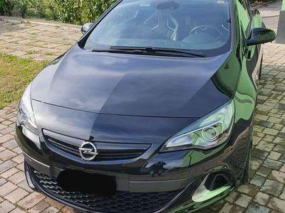 usata Opel Astra GTC 2.0 Turbo 280CV S con GARANZIA UFFICIALE