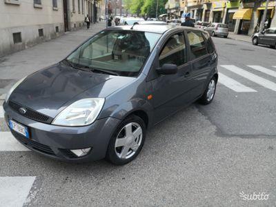 used Ford Fiesta benzina 16 valvole neopatentati