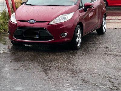 begagnad Ford Fiesta Titanium 5p Full Optional