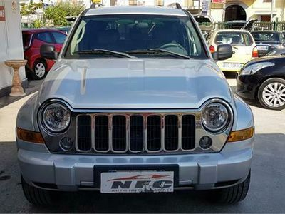 usata Jeep Cherokee 2.8 CRD LIMITED GANCIO TRAINO