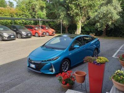 used Toyota Prius Plug-in Hybrid pannelli solari
