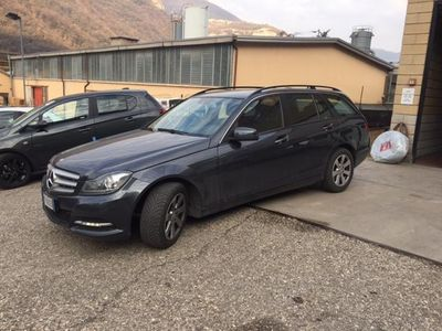 usata Mercedes 200 Classe C Station WagonBlueEFFICIENCY Executive