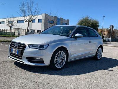 gebraucht Audi A3 1.6 TDI Ambition