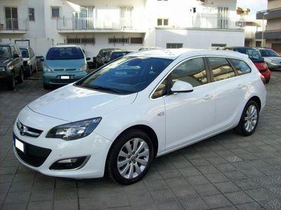 usado Opel Astra ST 1.6 CDTI 136CV EcoFLEX S&S Cosmo Navy
