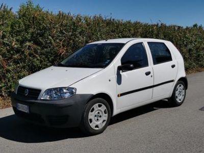 usata Fiat Punto 1,3 mjt- km 100000-ok neopatentati
