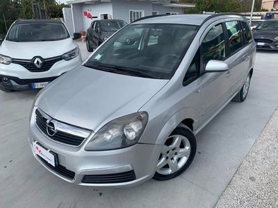 usata Opel Zafira 1.9 CDTI 120 CV Enjoy 7 posti- 2008