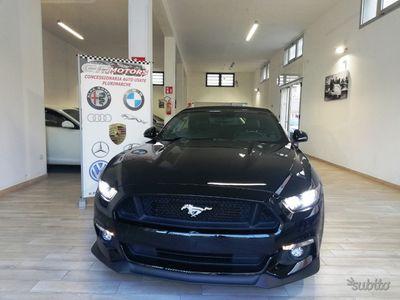 usata Ford Mustang GT 5.0 convertible 2015 13412 km