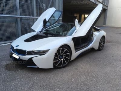 begagnad BMW i8 i8 Coupédel 2016 usata a Reggio nell'Emilia