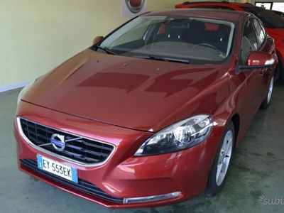 usado Volvo V40 1.6 d2 business powershift '15
