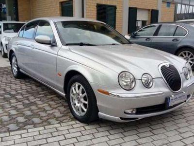 usata Jaguar S-Type 2.5 V6 24V Executive KM114438!!