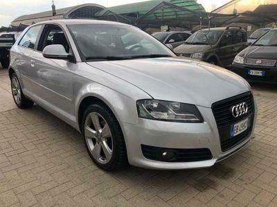 usata Audi A3 -- 1.6 TDI 90CV. x neopatentati