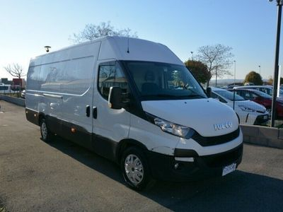 usata Iveco Daily Daily35S17A8V 3.0 HPT PLM-TA Furgone Hi-Matic
