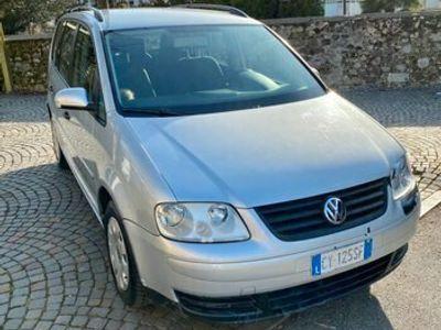 usata VW Touran 1.9 TDI 105CV Conceptline
