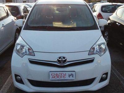 gebraucht Toyota Verso-S 1.4 D ACTIVE rif. 8882750