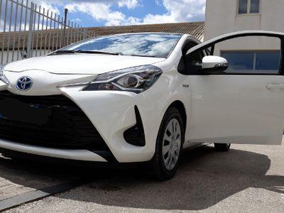 gebraucht Toyota Yaris Hybrid Cool 1.5