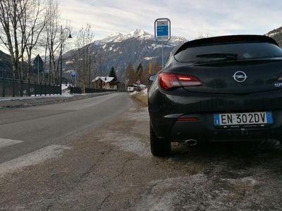 usata Opel Astra GTC 1.6 Turbo 180CV 3 porte Cosmo