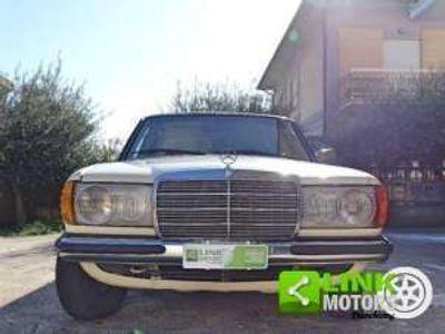 usata Mercedes 240 DTre volumi Diesel