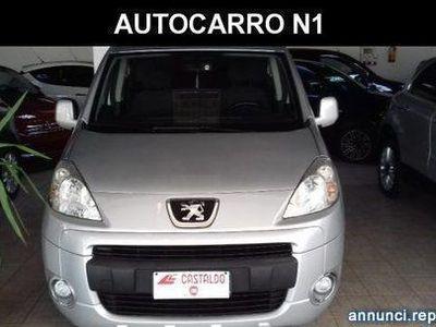 usado Peugeot Partner Tepee Mix 1.6 HDi 90CV AUTOCARRO N1