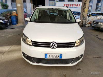 usata VW Touran 1.6 tdci cambio dsg 7 posti ta