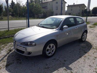 usata Alfa Romeo 147 1.6 16V TS (105) 3 porte Distinctive del 2006 usata a Gemona del Friuli