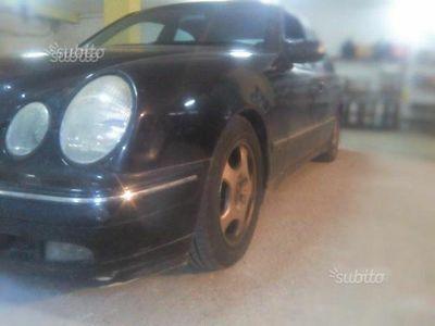 begagnad Mercedes E270 W210cdi 2001