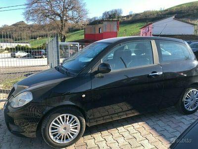 usata Lancia Ypsilon 1.4 Argento Ecochic GPL
