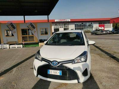 usata Toyota Yaris 3ª serie - 2015 IBRIDA benzina/elettr