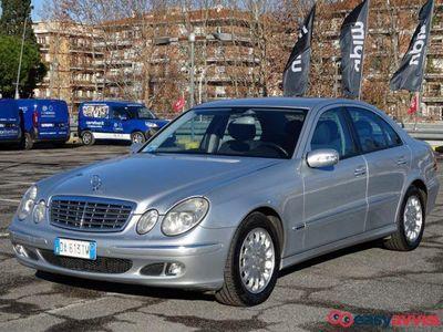 usado Mercedes E220 CDI Elegance Mar. 2OO6 Garanzia Permute Rate