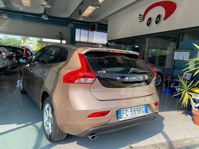 usata Volvo V40 D3 Geartronic Kinetic