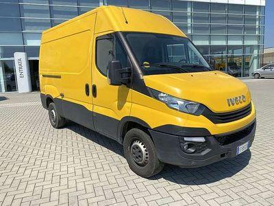 usata Iveco Daily furgone 120 35 L2 H2 IVA ESPOSTA