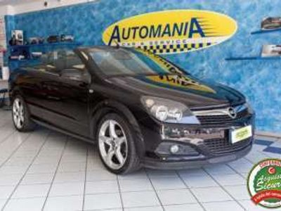 usata Opel Astra Cabriolet TwinTop 1.6 16V VVT Cosmo Benzina