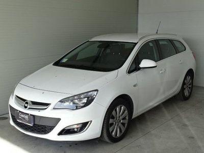 usata Opel Astra 1.7 CDTI 130CV Sports Tourer Cosmo