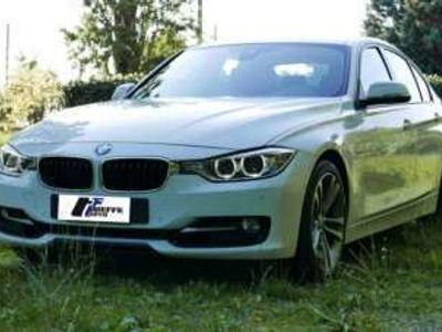 usata BMW 328 i Sport auto.