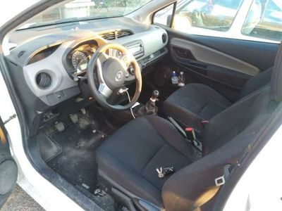 usata Toyota Yaris 1.4 D-4D 3 porte Van