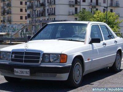 używany Mercedes 190 usato