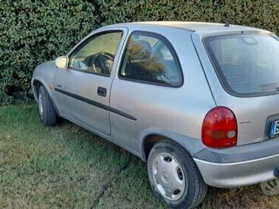usata Opel Corsa 1,2 anno 2000
