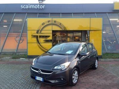 usado Opel Corsa usata del 2016 a Parma, Km 20.223