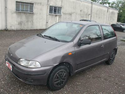 usata Fiat Punto TD 70 cat 3 porte SX
