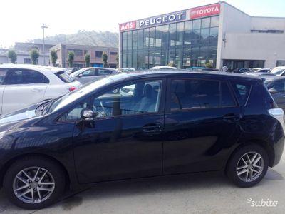 brugt Toyota Verso 1.6 diesel anno 2015 FINANZIAMENTO