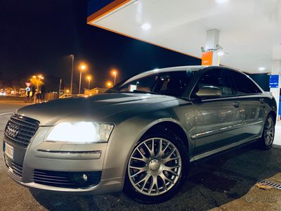 usata Audi A8 quattro 4.2 benzina