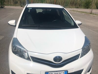 usado Toyota Yaris 1.0 GPL / benzina 51 kw 2015