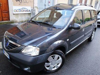 brugt Dacia Logan MCV 1.5 dci 85cv laurate 7p ** ok neopatentati diesel station wagon manuale grigio
