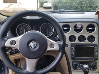 gebraucht Alfa Romeo 159 1.9 JTDm 150CV Distinctive Q-Tronic