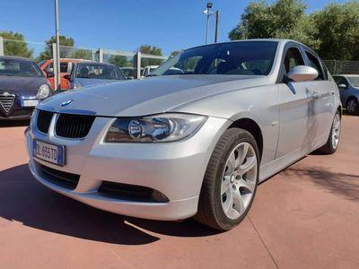 begagnad BMW 320 automatica