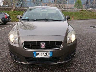 usado Fiat Croma 1.9 MJT Dynamic TENUTA BENE