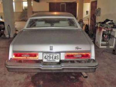 usata Buick Riviera V8 Benzina